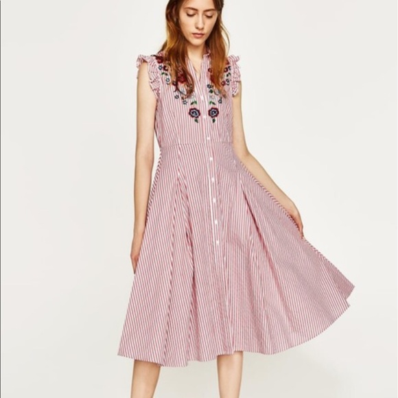 Zara striped dress with embroidery and pockets